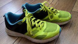 Buty sportowe, rozmiar 38 (dł. wkładki 24,5 cm).