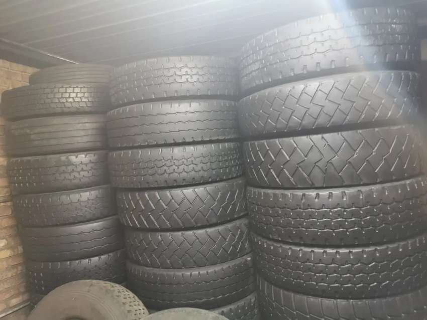 Selling of truck tyres 0