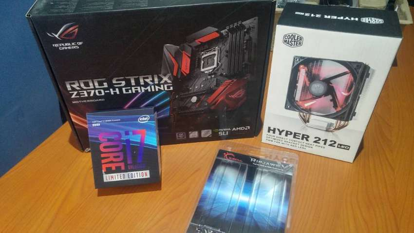 Intel i7 8086k (Limited edition), Asus ROG Strix motherboard and 16GB 0