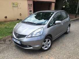 2010 HONDA JAZZ 1.5 EX,automatic, 69000km,FSH at agents
