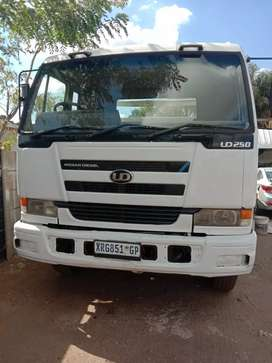 NISSAN UD290 DOUBLE DIFF DROPSIDES RIGID On Special