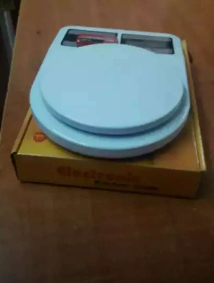 Quality kitchen weighing scales 0