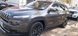 JEEP CHEROKEE AUTOMATIC IN EXCELLENT CONDITION