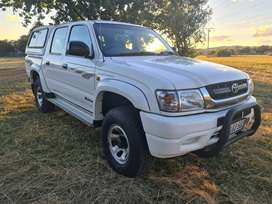 2003 TOYOTA HILUX Raider 2700i Petrol Double Cab with Canopy