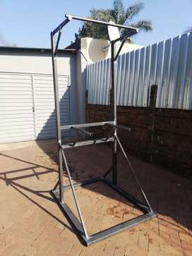 Free standing Pull up & Dipp Rig