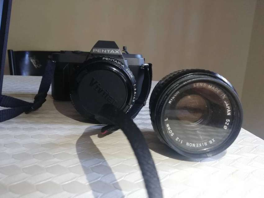 Pentax P30t camera with 50mm and 28-80mm lens 0