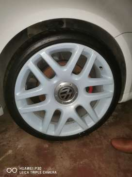 "19"" helios mags and tyres"