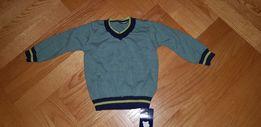 Sweter chłopięcy 9-12 miesięcy