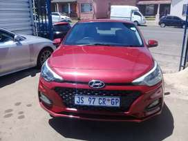 2018 Hyundai i20 1.4 with a Service book and spare key