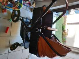 Belecoo 3in1 Pram and Car Seat
