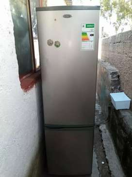 Fridge for sale still in good condition call or WhatsApp