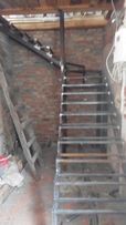 Козырьки ворота лестницы навесы бронедвери и др металоизделия