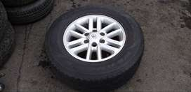 Toyota Hilux Fortuner Alloy Mags with Tyres SET. 2nd Hand from ToyoPro