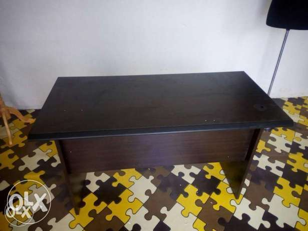 Superb New Black Office Table 3498 0