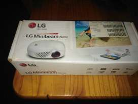 LG PROJECTOR FOR SALE VEREENIGING
