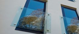 PRODUKT: Balustrada okienna szklana ze szkła na balkon i balkony okno