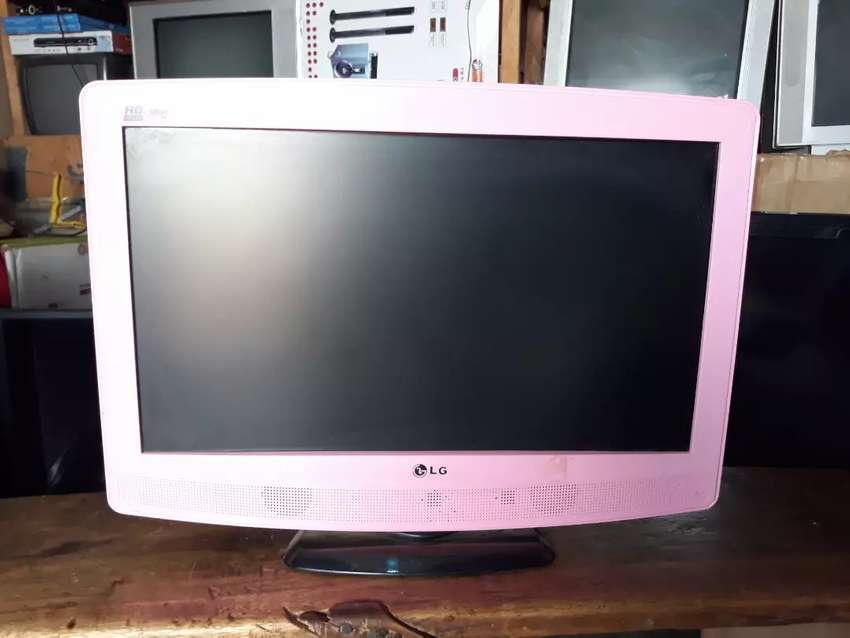 24inch LG HD Tv pink colours (Available in my shop) 0