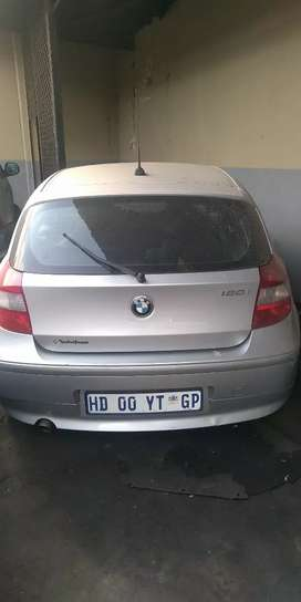BMW E87 1 series for stripping