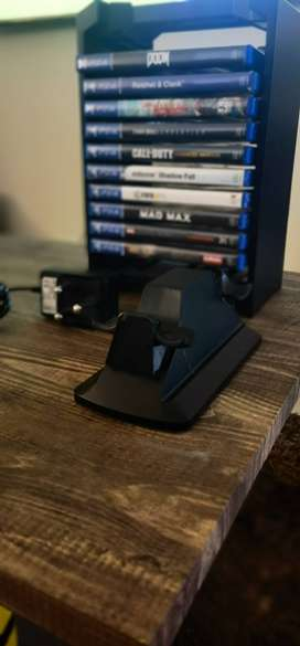 Ps4 Game stand, charging station and 10 Ps4 games