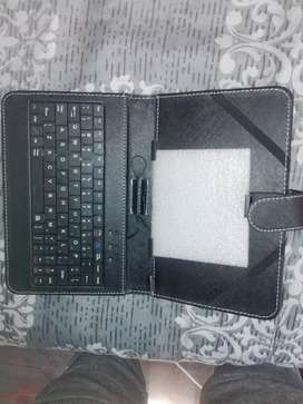 amplify 7 tablet cover with usb keyboard