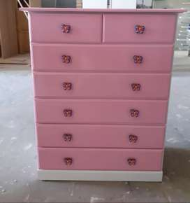 CHEST OF DRAWER