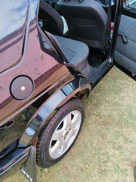 A standard golf 1 in excellent condition