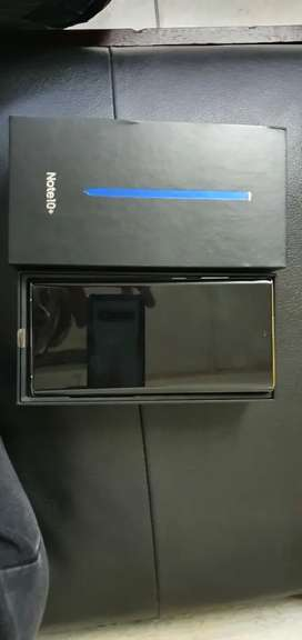 Samsung galaxy note 10 plus for sale.