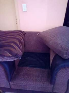 I'm selling couch