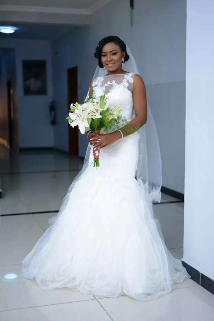 Wedding gowns for sale 0