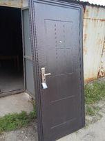 СКИДКА на Двери входные металлические.В наличии!Молотковый окрас стали