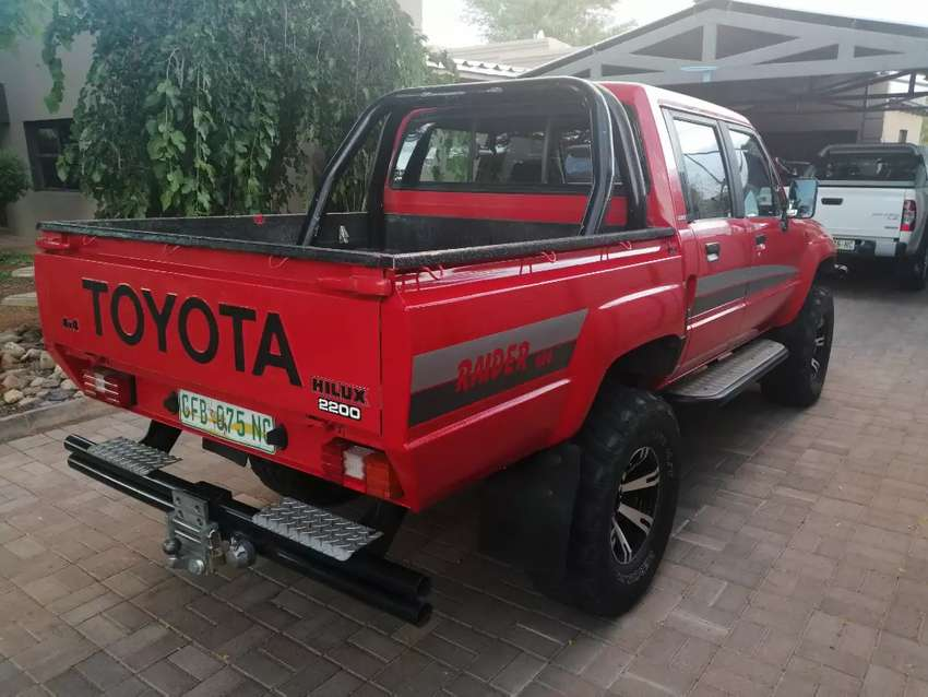 With canopy 4x4 0