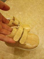 Ботиночки Umi,новые,19 рр,в коробке