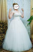 Продам прекрасну весільну сукню