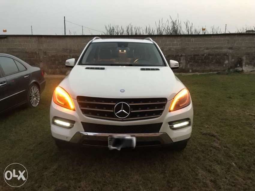 Mercedes Benz ML350 4matic 0