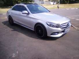 2015 Mercedes Benz C180,automatic, leather seat,sunroof,reverse camera