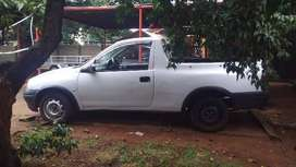 Opel Corsa bakkie excellen condition with canopy.