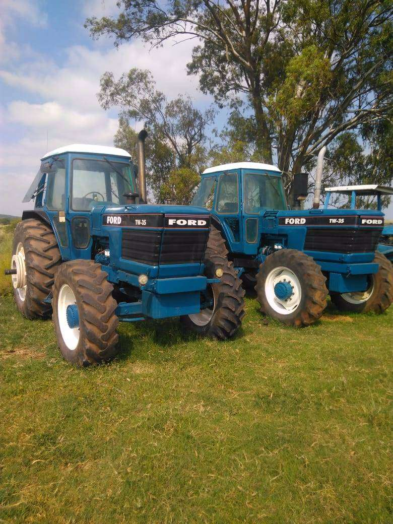 Ford TW35 0