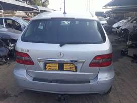 2012 mercedes_benz b180 stripping for spares