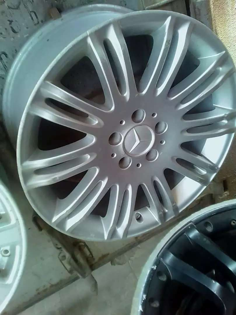 Exotic wheels &tires and car accessories. 0