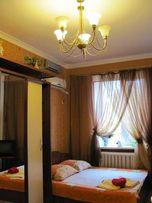 сдам посуточно 2 комн квартиру в Одессе между Дерибасовской и Приморс