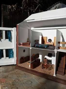 Doll house/Pop Huis