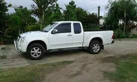 Isuzu kb300 extended cab for sale
