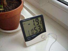 Цифровой электронный термометр: дом-улица + влажность + часы + дата