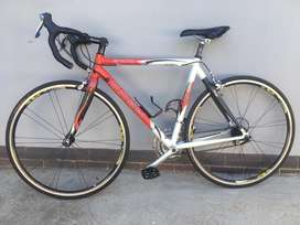 Trek 2100 27 gear road bicycle