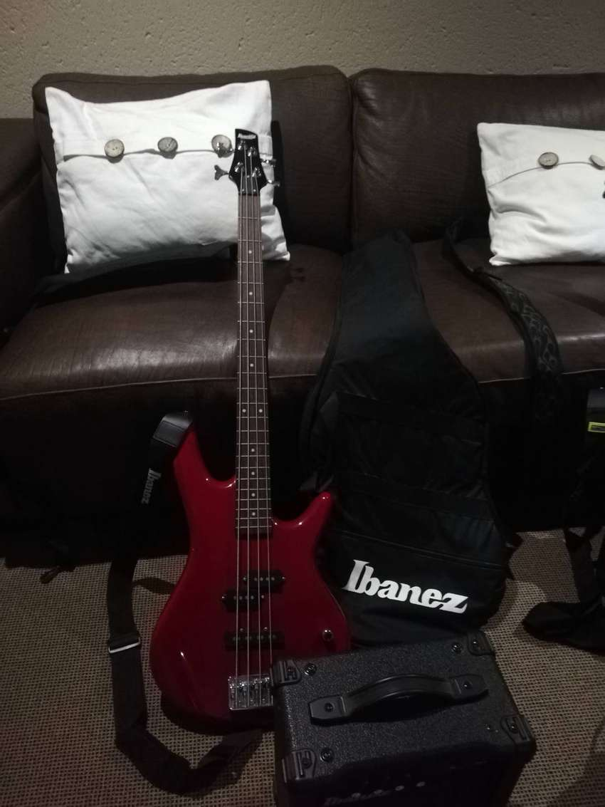 2 Guitars + amps for sale (extra mics) 0