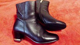 Кожаные ботинки женские