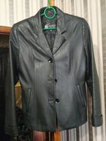 Женская кожаная куртка 46-48