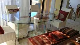 Glass dining room table second hand. Vintage solid glass