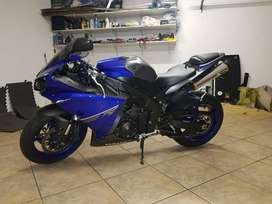 Very Clean Yamaha R1 2013
