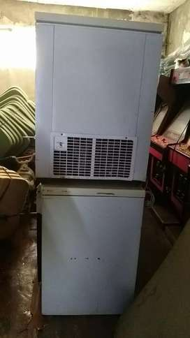Chest Freezer 530L and 520L
